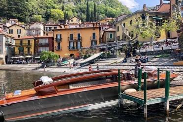 Limousine Boat Marianna